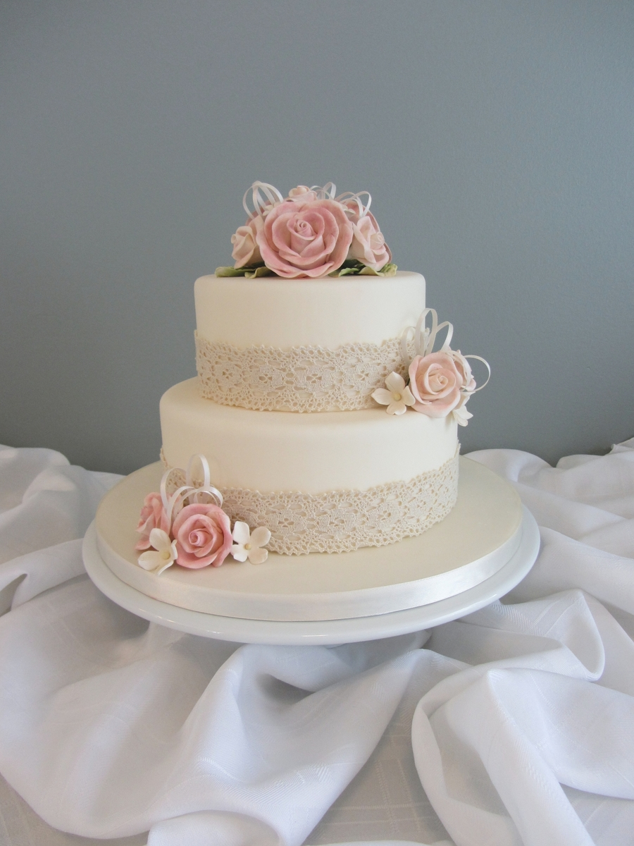 Antique Lace on Cake Central