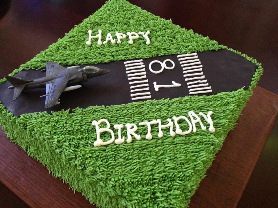 Airplane Runway Cake Cakecentral Com
