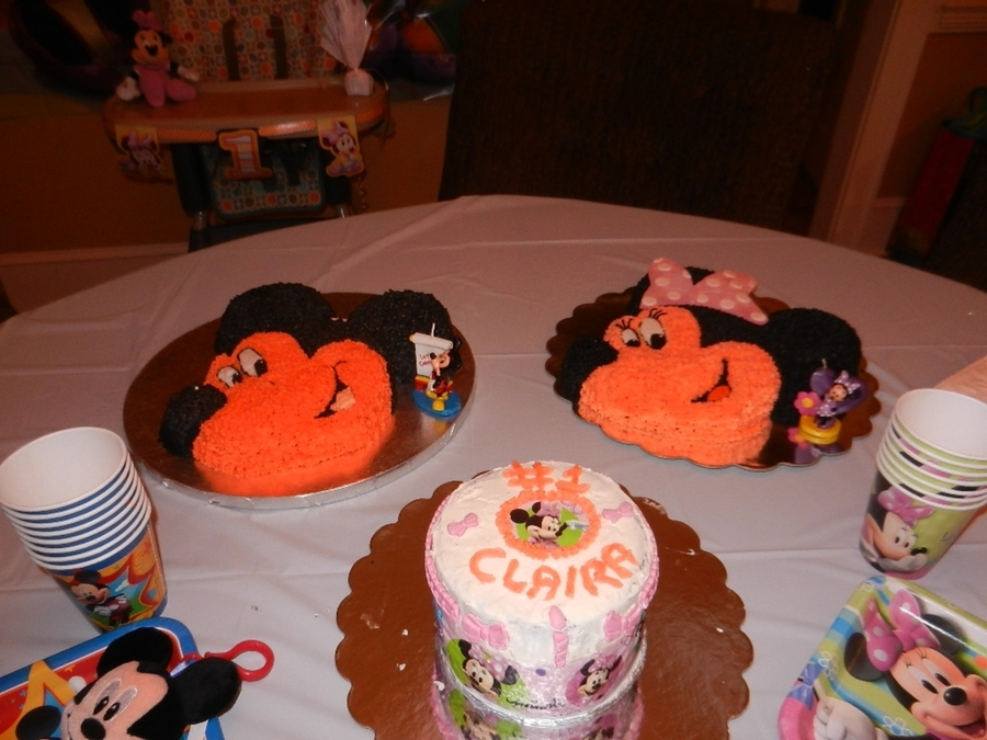 Mikey And Minnie Cake on Cake Central