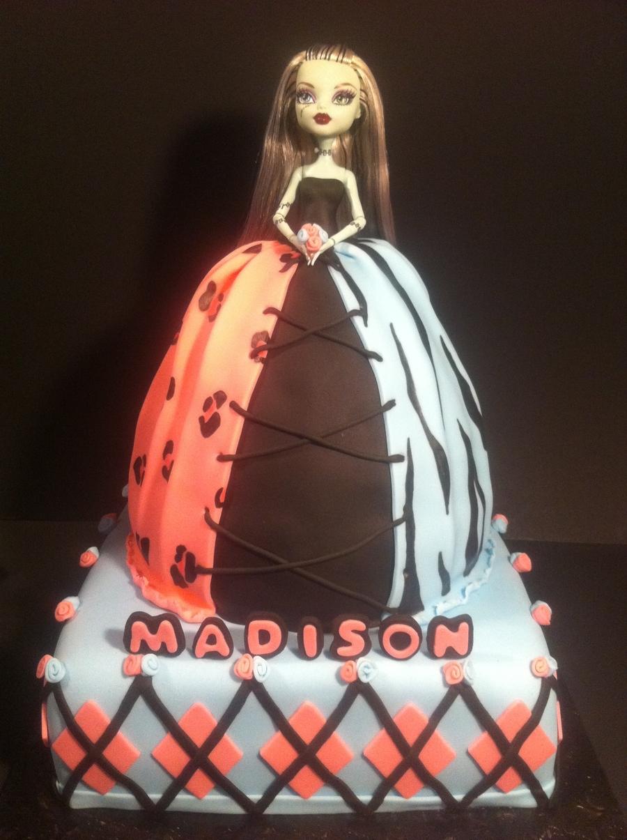 Sensational Monster High Doll Cake Cakecentral Com Personalised Birthday Cards Sponlily Jamesorg