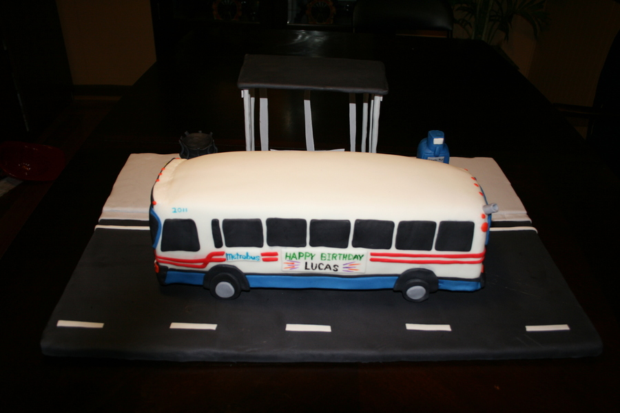 Metro Bus Birthday Cake Cakecentral