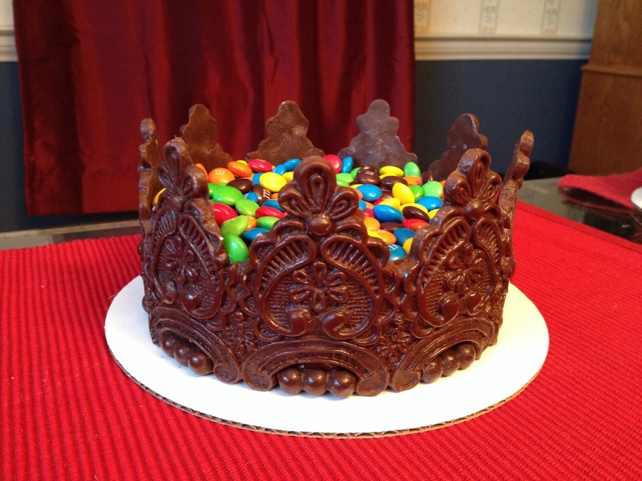 Chocolate Crown M Amp M Cake Cakecentral Com