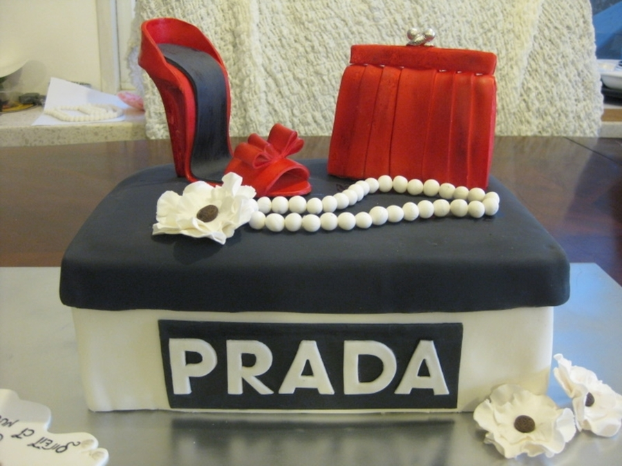 Prada Shoe Box  on Cake Central