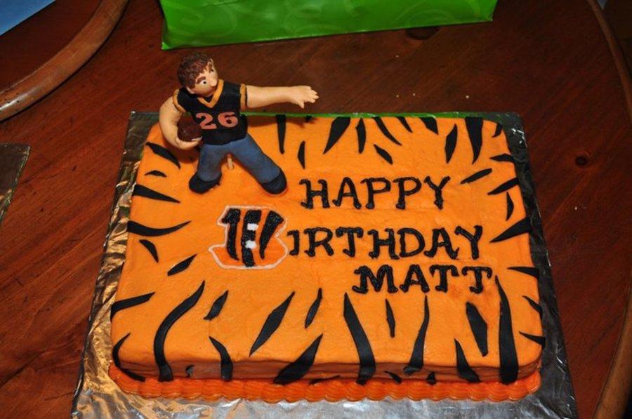 Superb Cincinnati Bengals Cakecentral Com Personalised Birthday Cards Paralily Jamesorg