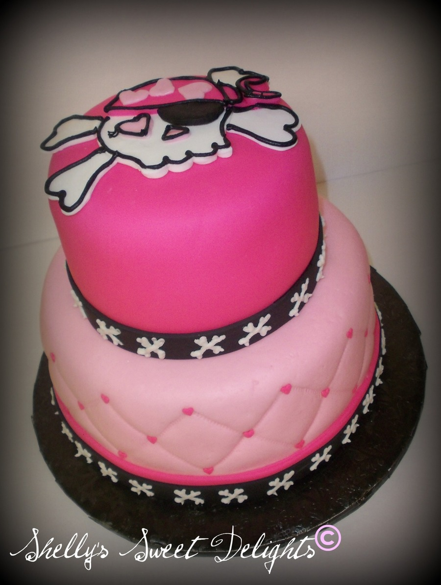 Girly Pirate on Cake Central