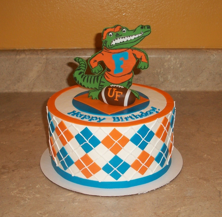 Terrific Uf Gator Argyle Cake Cakecentral Com Personalised Birthday Cards Veneteletsinfo