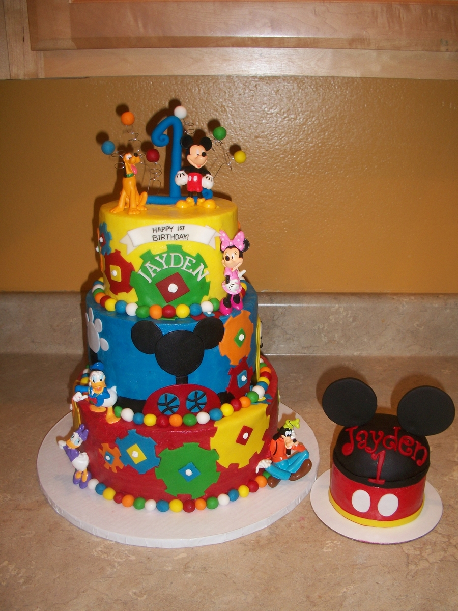 Mickey Mouse Clubhouse Gear Cake  on Cake Central