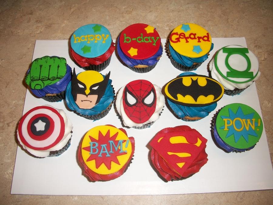 Cake Decorating Superhero Cupcakes
