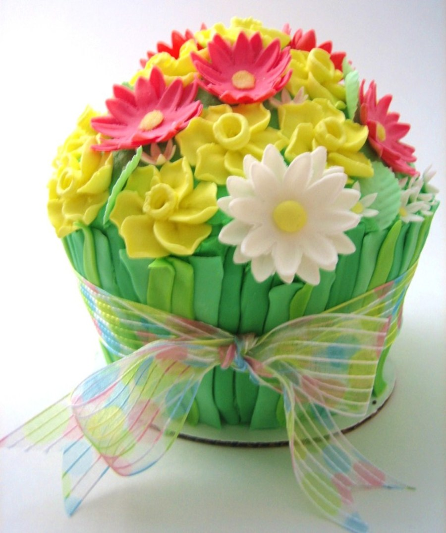 Spring bouquet cake cakecentral this cake was made for a friends birthday flower stems are fondant daisies and leaves are fondantgum paste and daffodils are royal icing dhlflorist Images