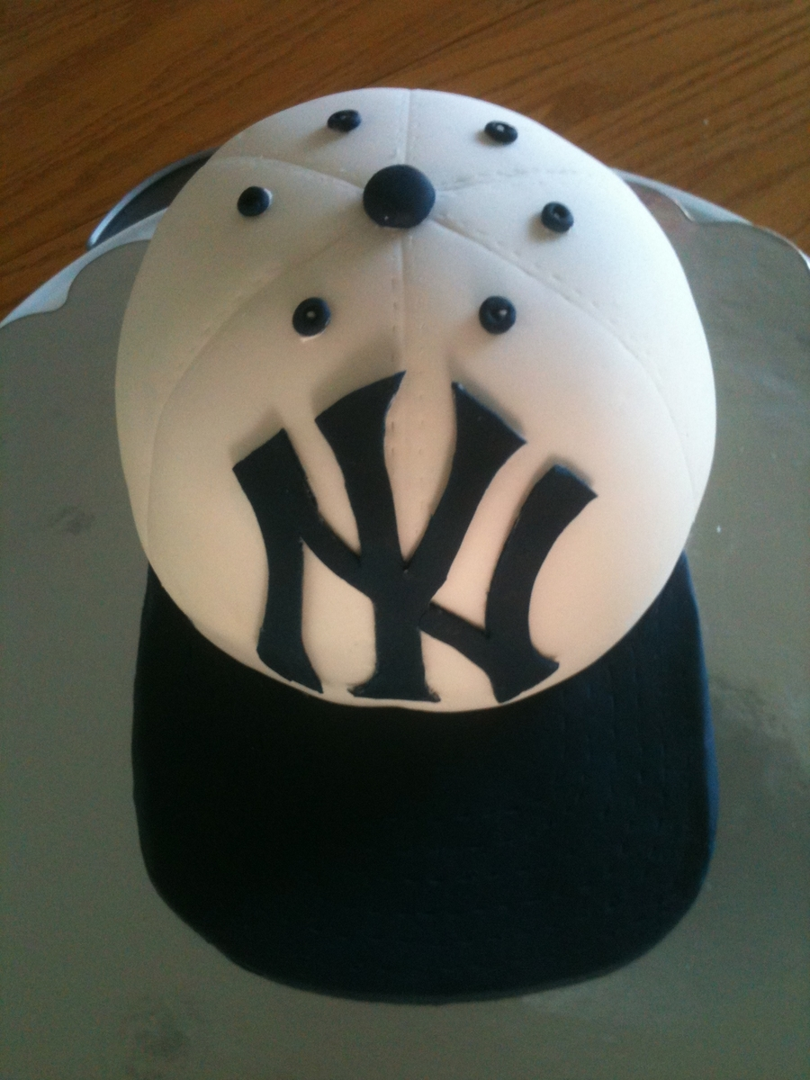 New York Yankees Grooms Cake on Cake Central