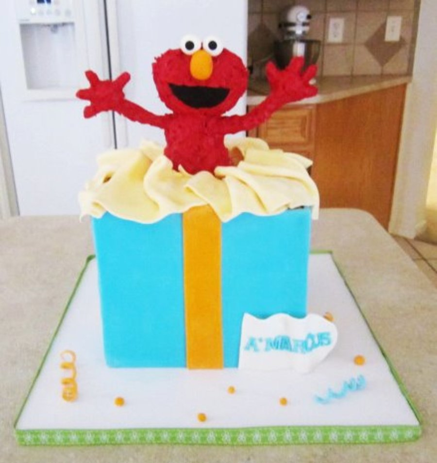Elmo Giftbox Cake on Cake Central