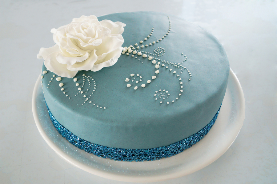 Blue Cake With White Flower on Cake Central