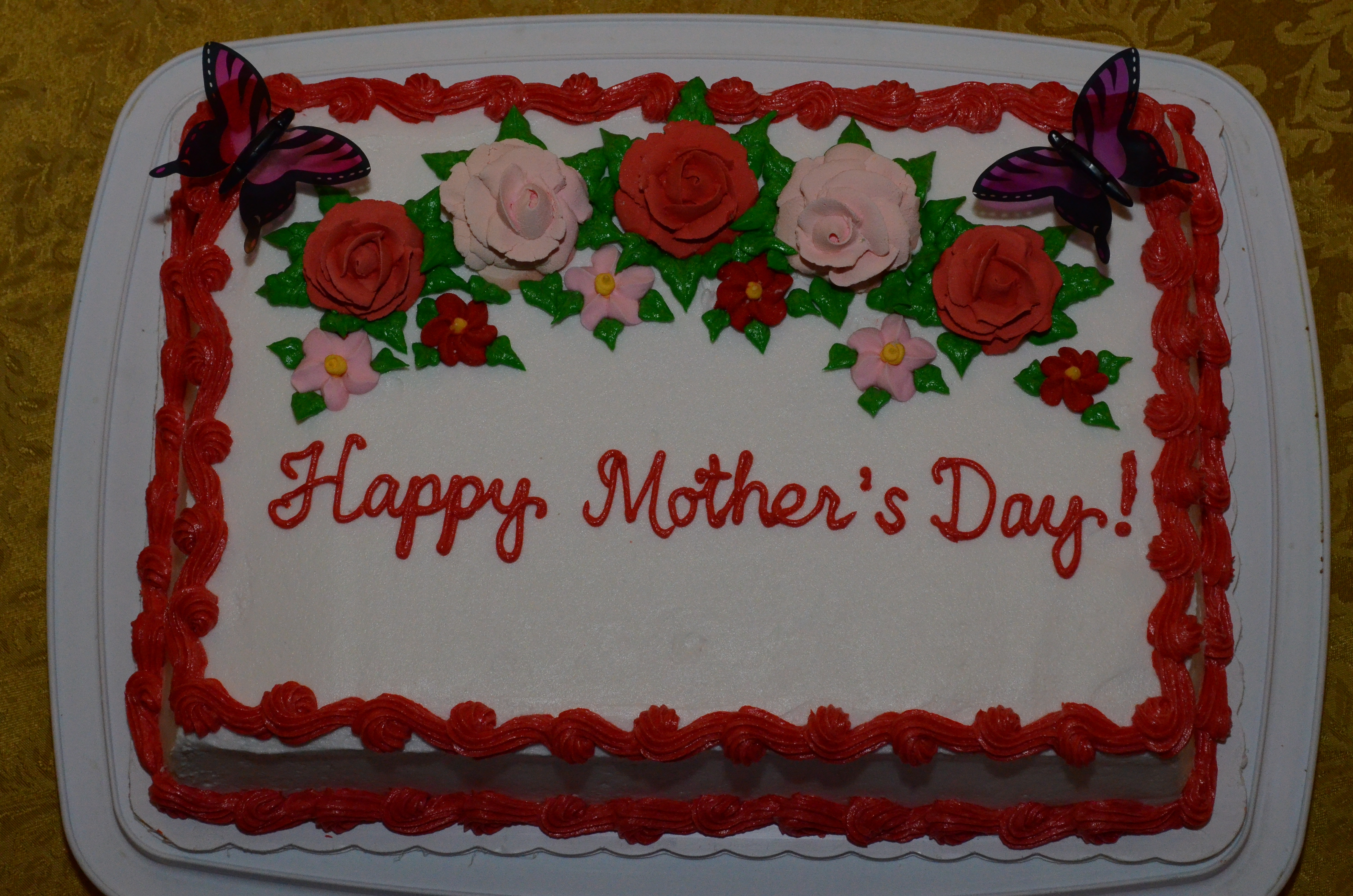 May 10 2014 I Baked And Decorated This Mothers Day Pineapple Chiffon Cake For My Churchs Mothers Day Celebration Potluck Lunch