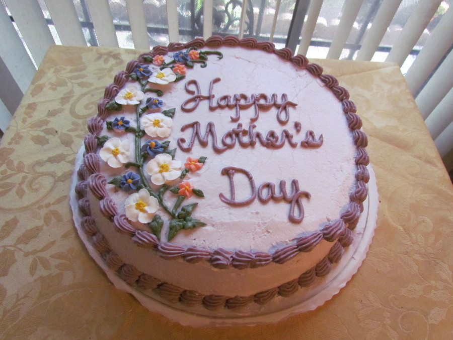 May 8 2011 I Baked And Decorated This Mothers Day Cake For My Churchs Mothers Day Potluck Lunch This Is My Very First Mothers Day Cake Ever