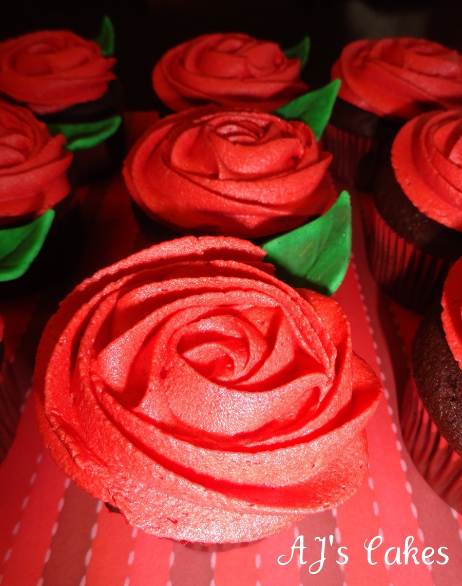 Red Rosette Cupcakes Cakecentral Com