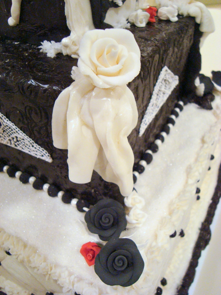 Black And White Wedding Cake - CakeCentral.com