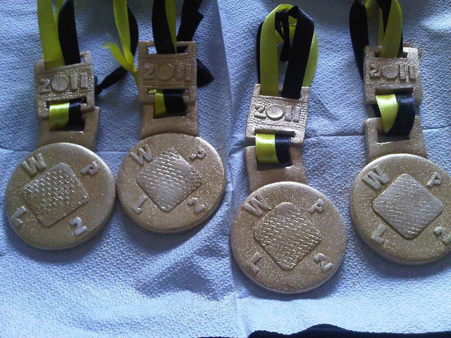 Sugar Paste Medals on Cake Central