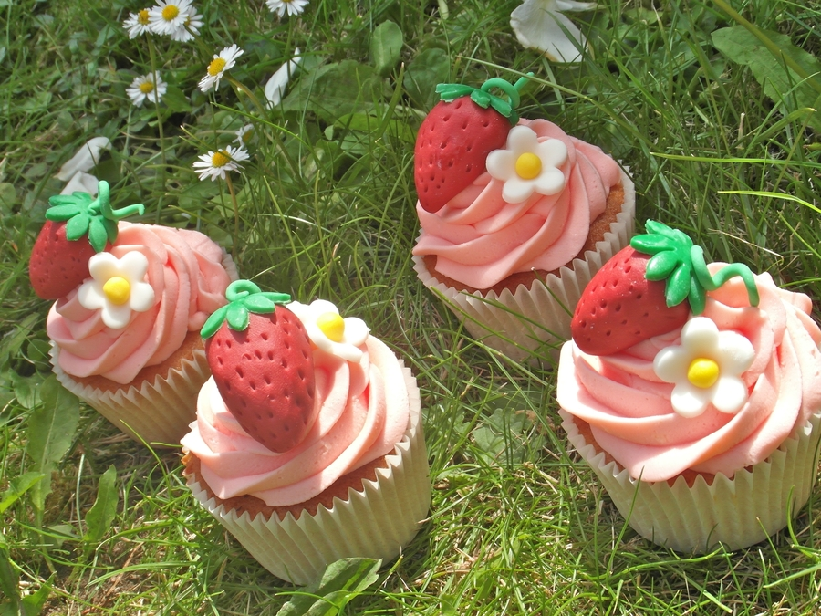 Strawberry And Flower Cupcakes on Cake Central