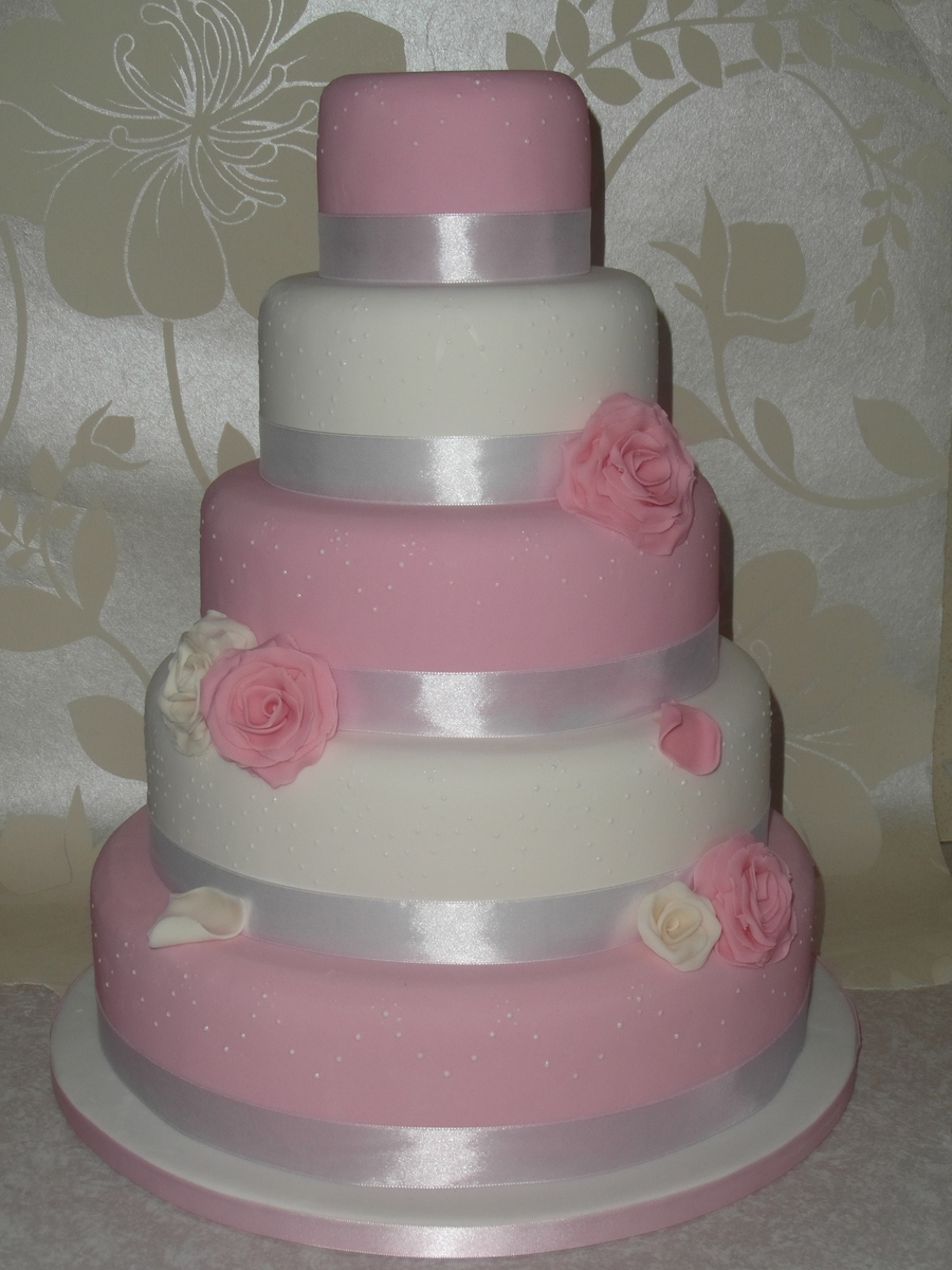 Pink And White Roses  on Cake Central