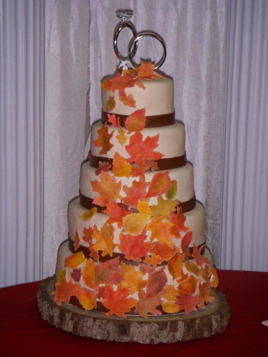 wedding cake autumn leaves fall leaf wedding cake cakecentral 21764