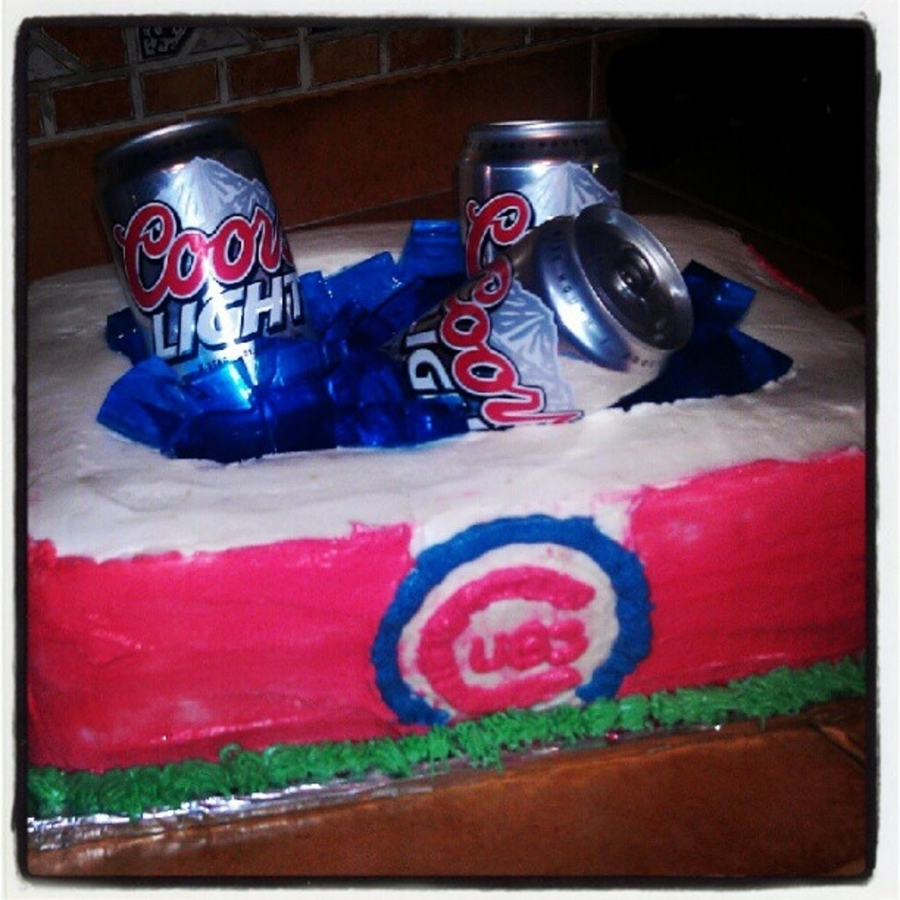 Chicago Cubs Cooler & Beer on Cake Central