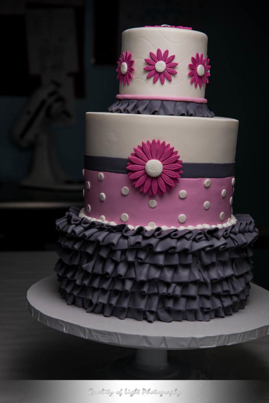 Pink Daisy Cake Decoration : Gerbera Daisy Cake - CakeCentral.com