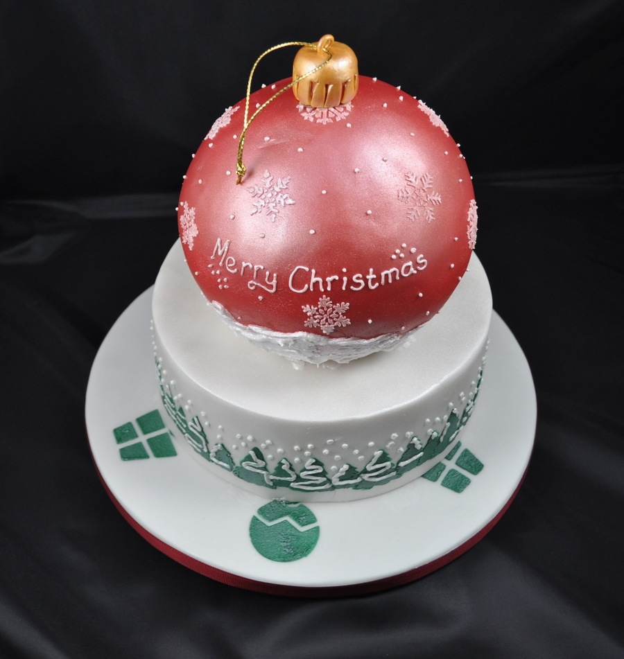 Christmas Bauble Cake on Cake Central