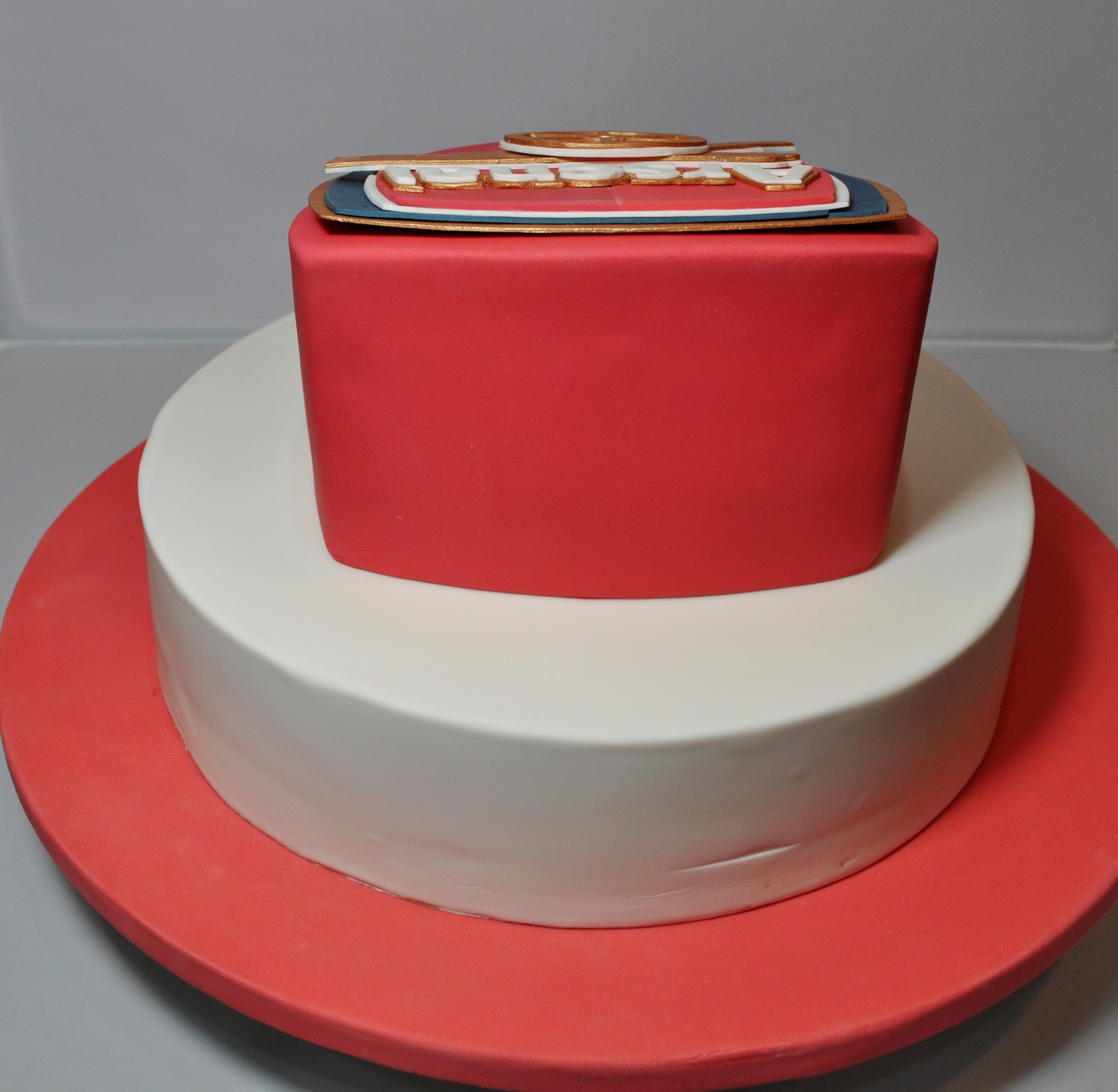 Arsenal Themed Birthday Cakes