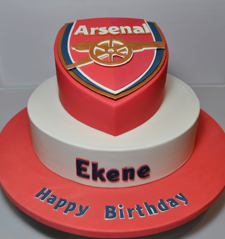 Arsenal Themed Birthday Cake Cakecentral Com