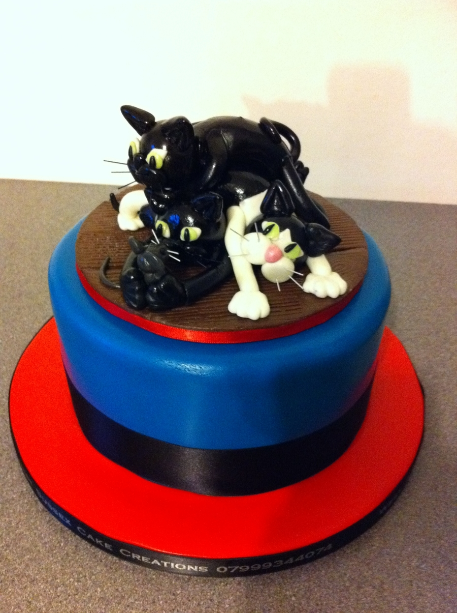 Pile Of Cats 2 on Cake Central