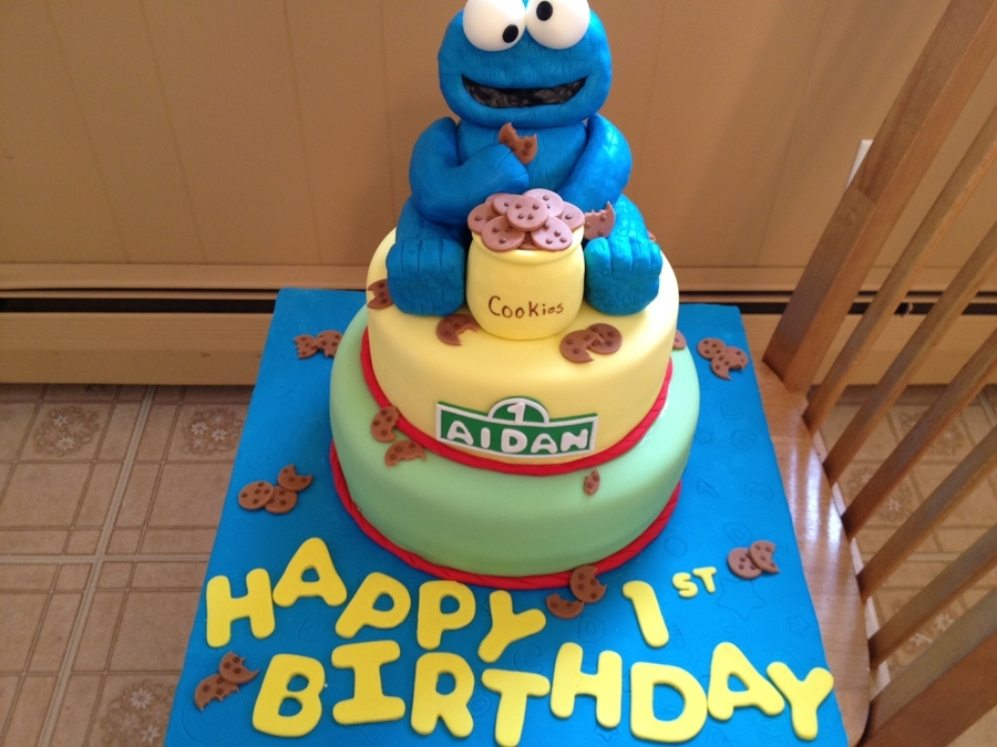 Cookie Monster Birthday Cake CakeCentralcom