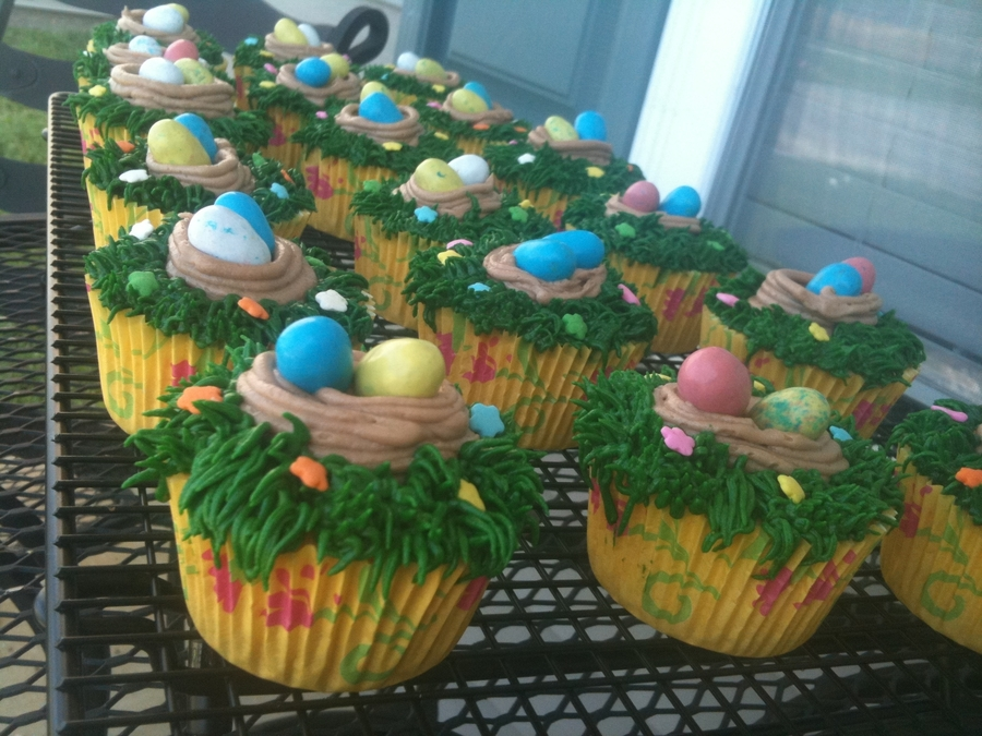 Easter Cupcakes. on Cake Central