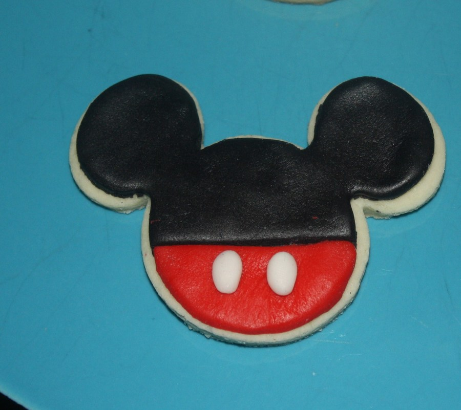 Mickey Mouse Cookies on Cake Central