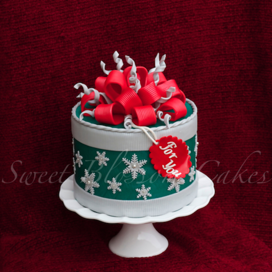 A Gift Box Cake on Cake Central