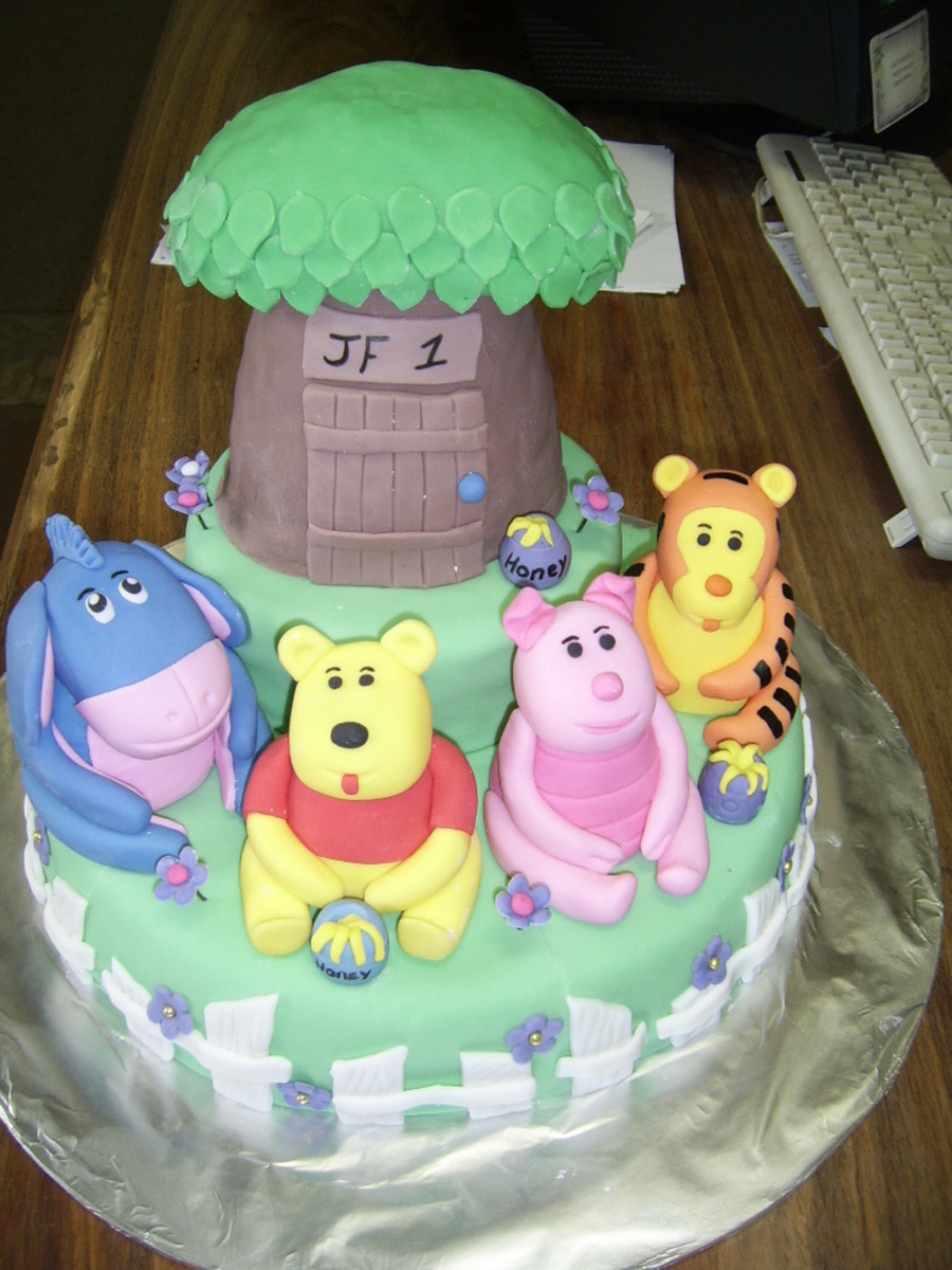 Winnie The Pooh Cake on Cake Central