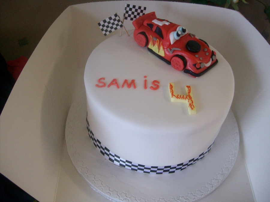 Lighting Mcqueen on Cake Central