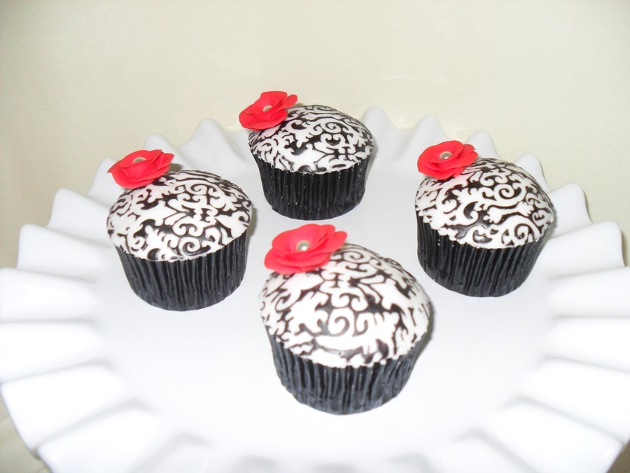 Black White And Red on Cake Central