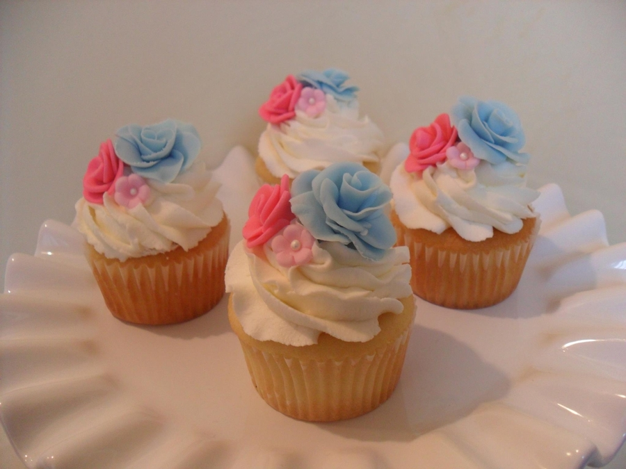 Floral Cupcakes on Cake Central