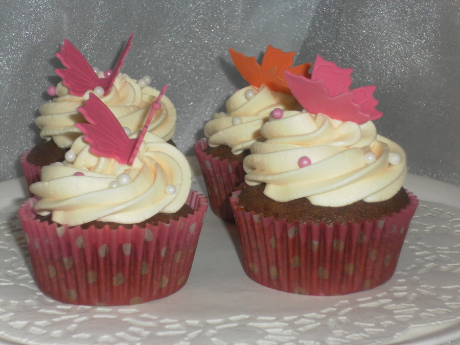 Simple Butterfly Chocolate Cupcakes on Cake Central