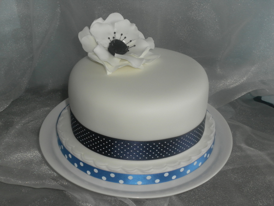 "6"" Fruit Cake With White And Blue Theme on Cake Central"