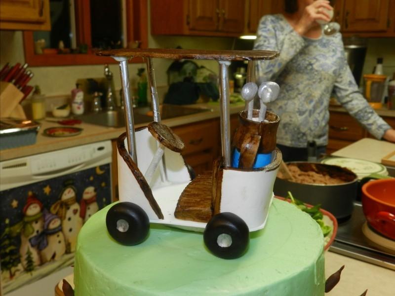 Golf Cake With Gumpaste Golf Cart Topper Cakecentral Com
