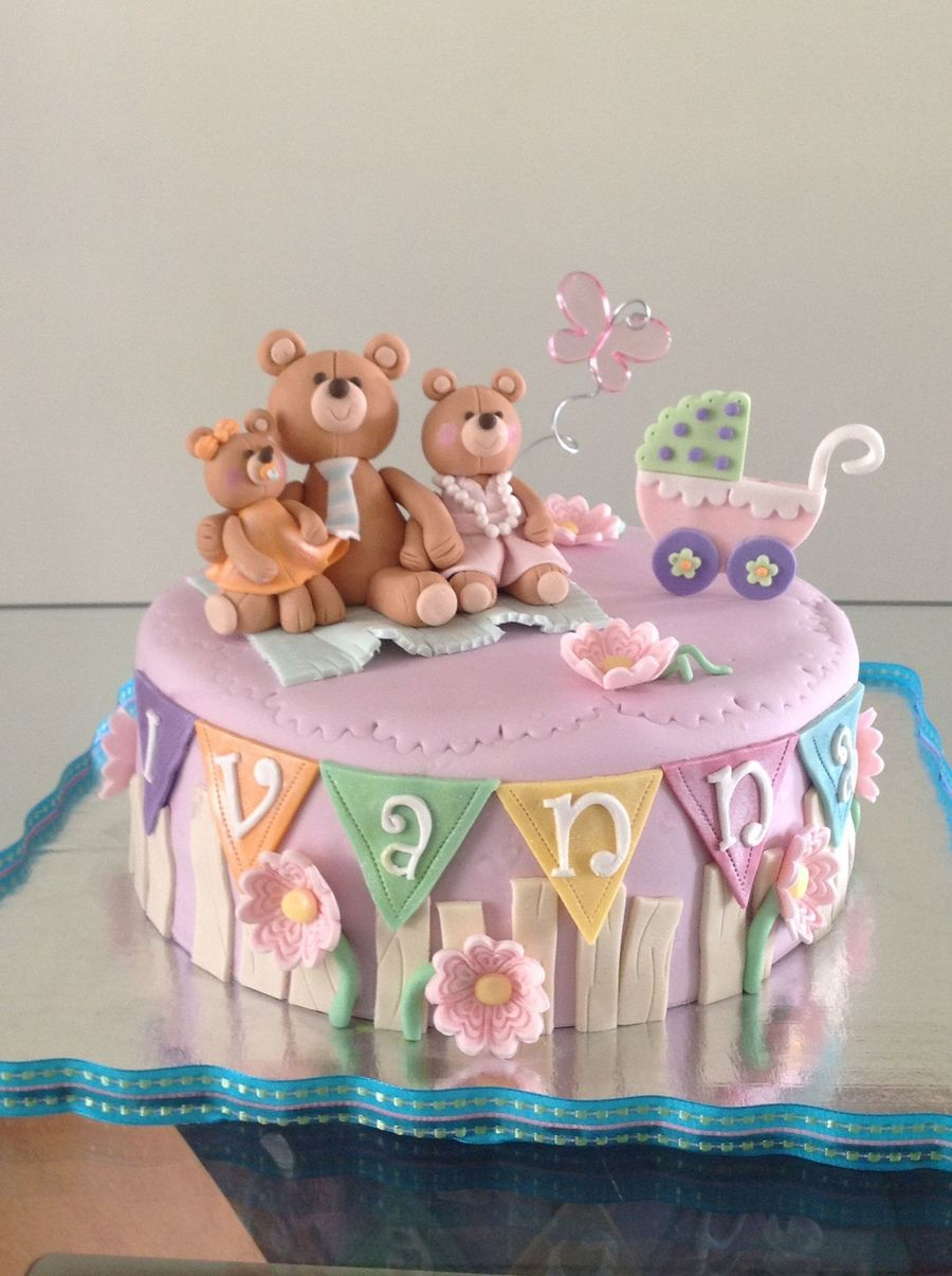 Family Bear  on Cake Central