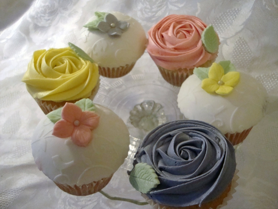 Pastels Cupcakes on Cake Central