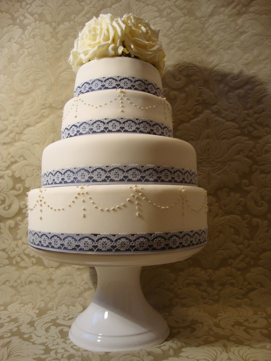 old style wedding cakes vintage style wedding cake cakecentral 17997