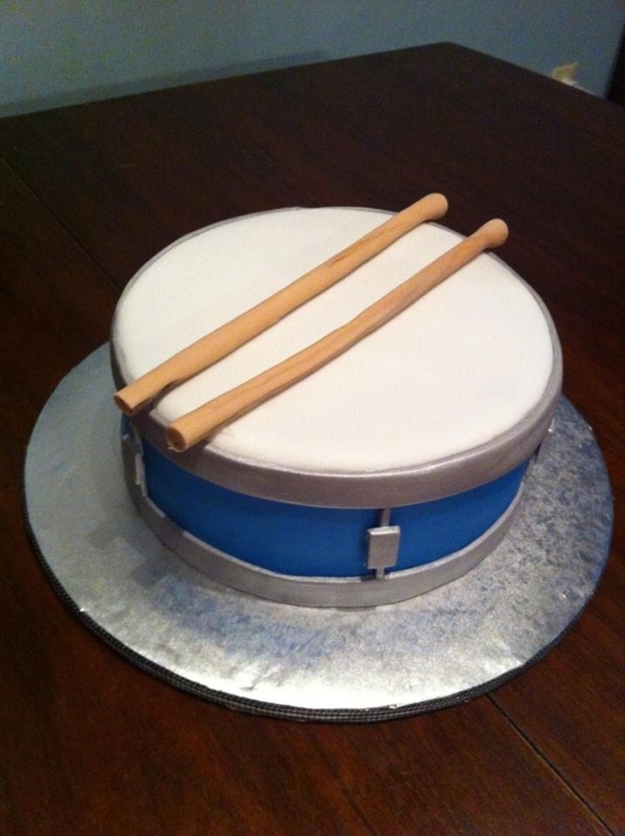 Little Drummer Boy on Cake Central