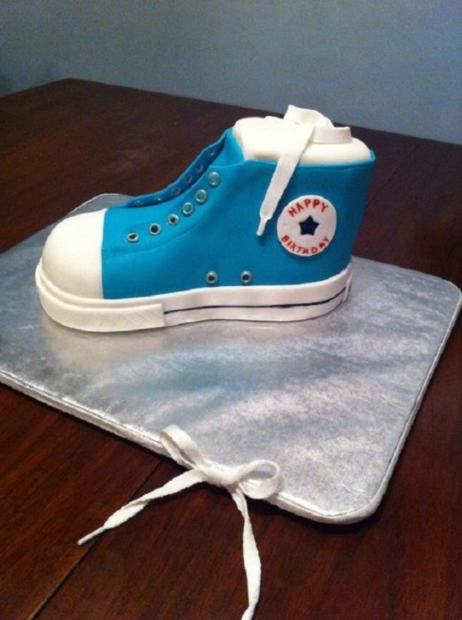 Chuck Taylor on Cake Central
