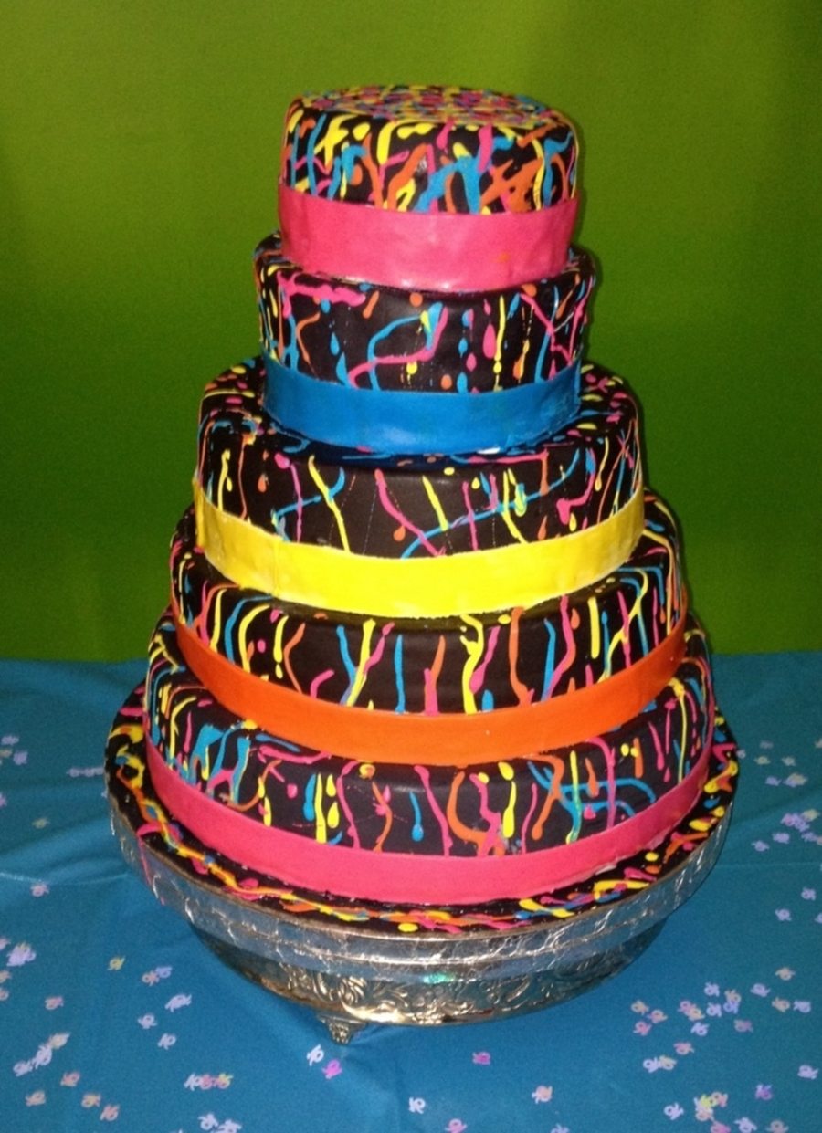 Blacklight (Neon) Cake on Cake Central