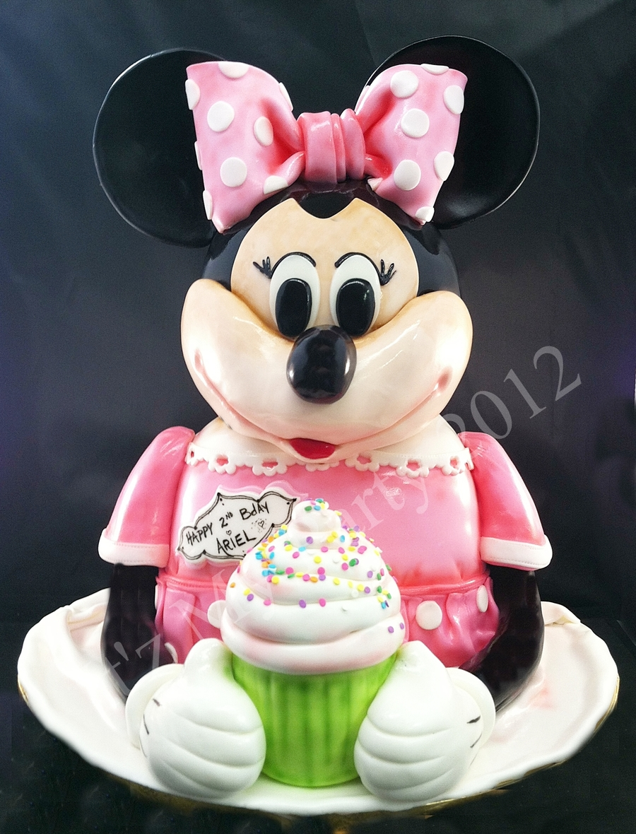 Dimensional Minnie Mouse Cake on Cake Central