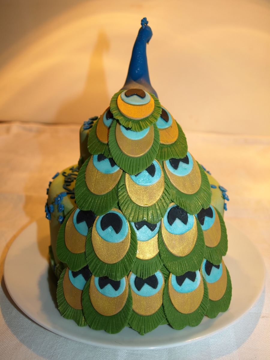 Peacock Birthday Cake Cakecentral Com