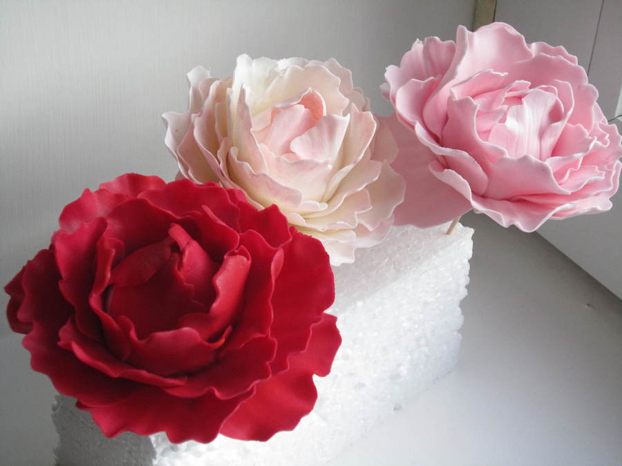 wedding cake flowers gumpaste tutorials peony flowers so much to make cakecentral 22676